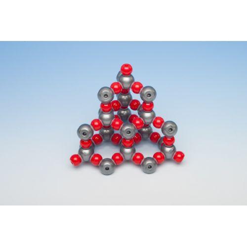 Кристаллическая решетка диоксида кремния (алмазоподобная структура), 66 атомов