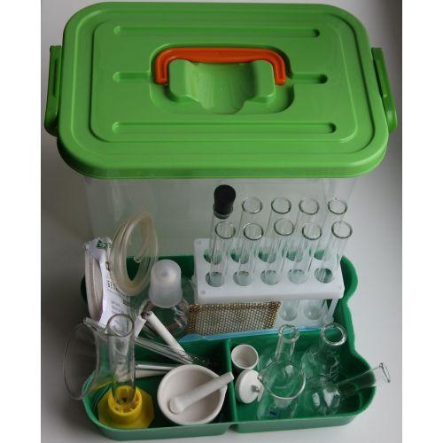 Лоток с лабораторной посудой и принадлежностями
