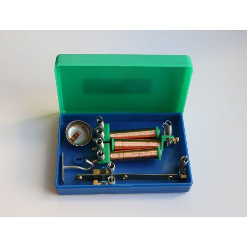 Электромагнит разборный с деталями лабораторный